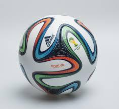 Brazuca le ballon officiel de la coupe du monde fifa 2014 haiti tempo - Ballon de la coupe du monde 2014 ...